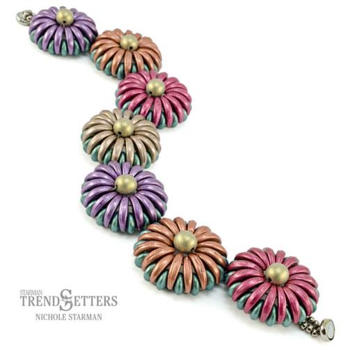 chrysanthemum bracelet free beading pattern
